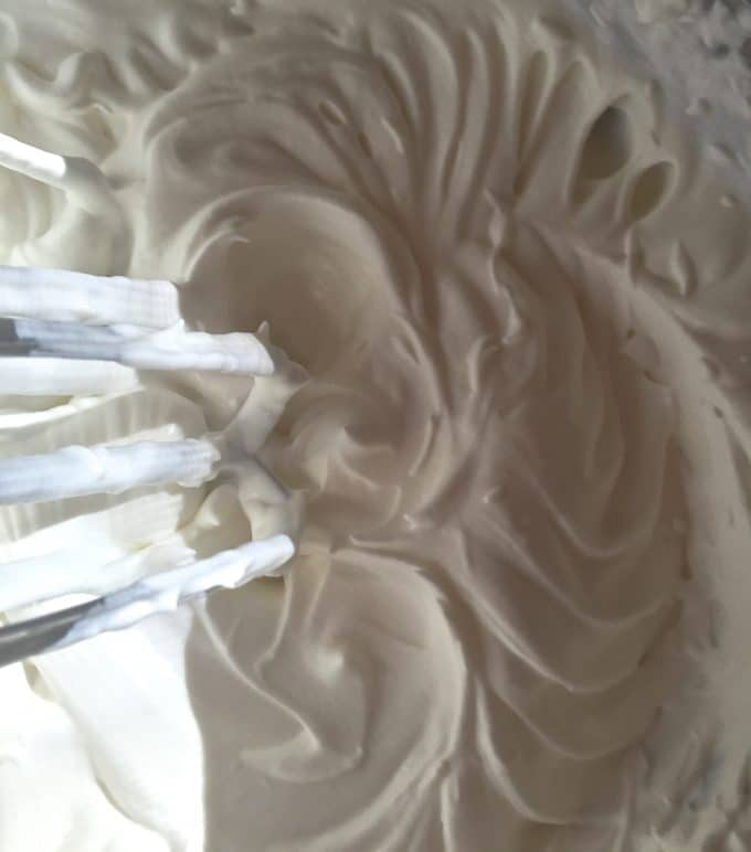 Whipping Cream for Luscious Lemon Swirl Cheesecake