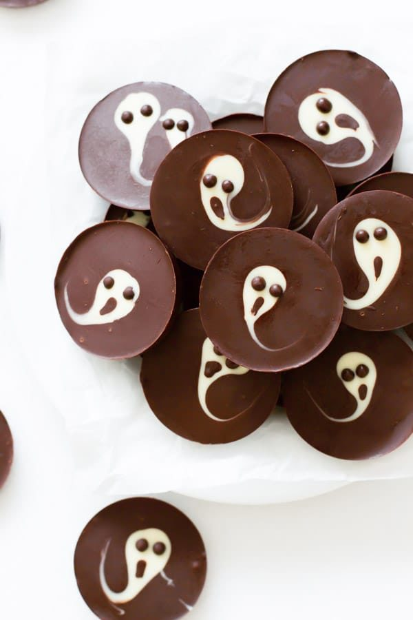 2 Ingredient Ghost Chocolate Cups