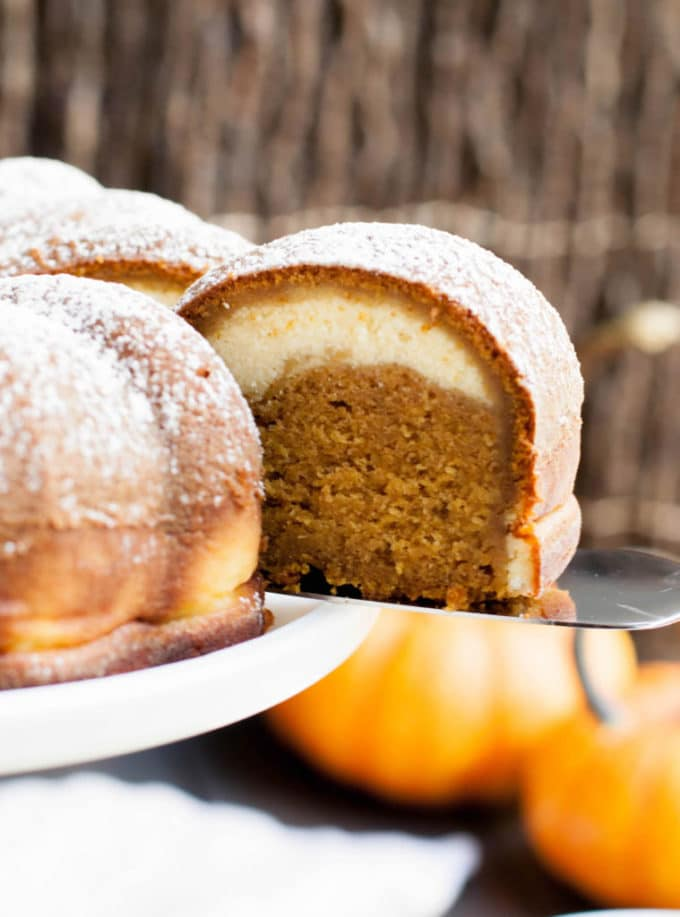 pumpkin-ricotta-bundt-cake-4-759x1024