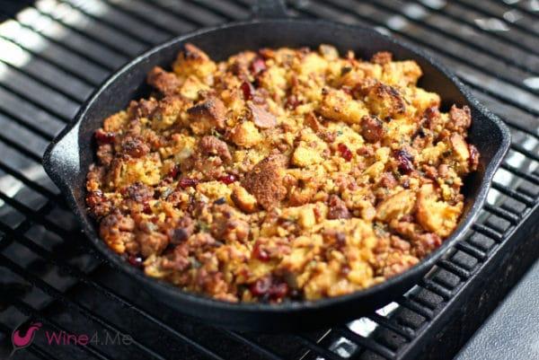 sausage-cornbread-stuffing-grill-h
