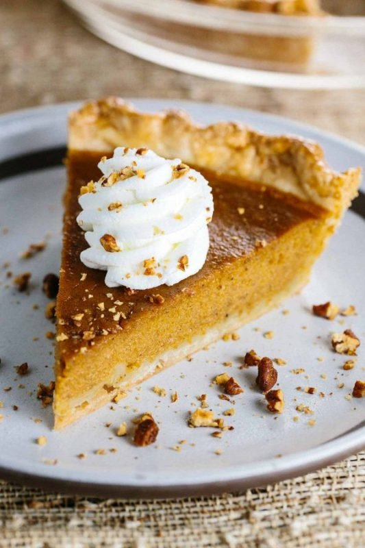 homemade-classic-pumpkin-pie-recipe-600x900