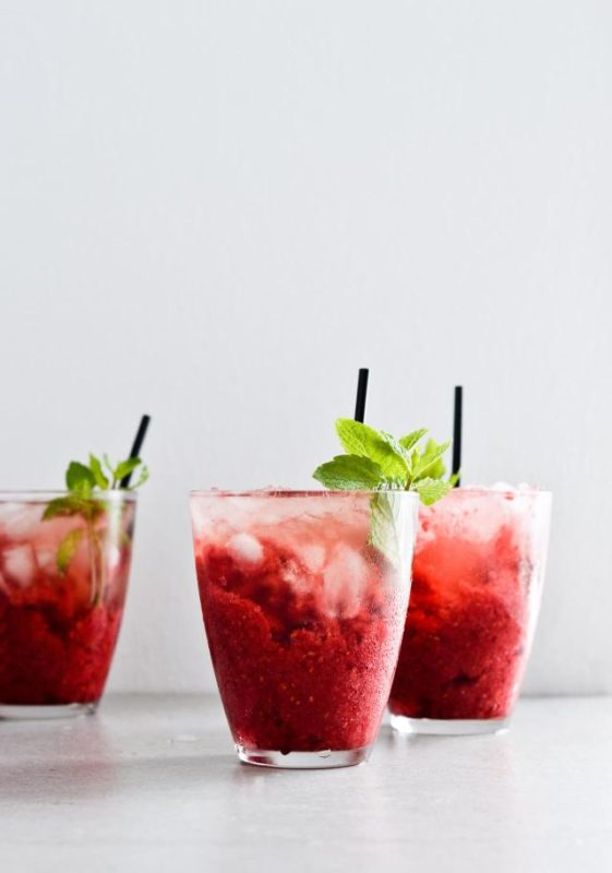 raspberry-granita-rose-cocktails-07-1