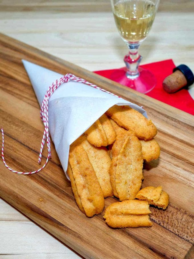 – Cheese Straws are a highly addictive southern game-day classic ...