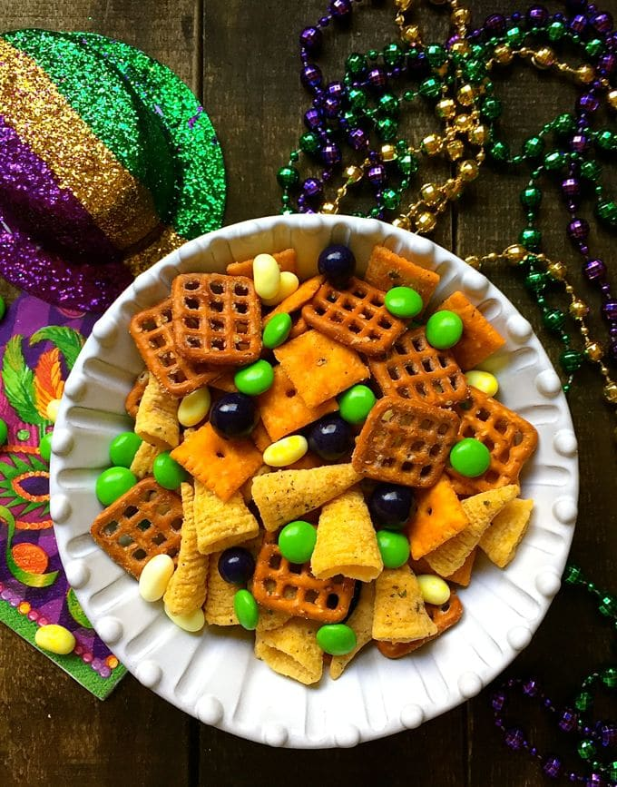 Easy mardi gras snack mix grits and pinecones easy mardi gras snack mix 5 forumfinder Image collections