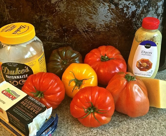 Easy Classic Southern Tomato Pie Ingredients