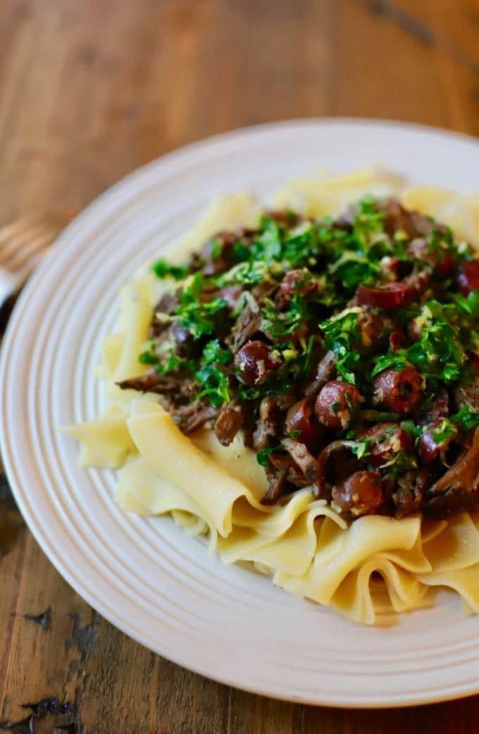 Slow Cooker Mediterranean Beef Roast
