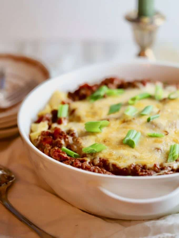 Family-friendly Easy Cheesy Ground Beef Casserole