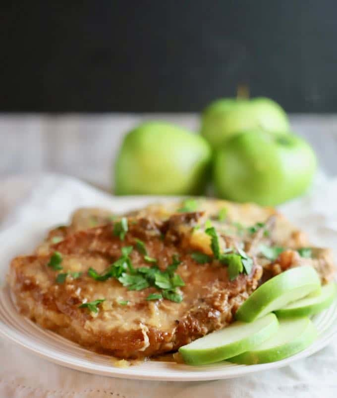 Easy Crockpot Pork Chops and Apples ready to serve