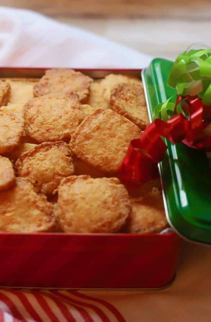 Crispy Cheesy Southern Cheese Crackers makes a great edible homemade Christmas gift