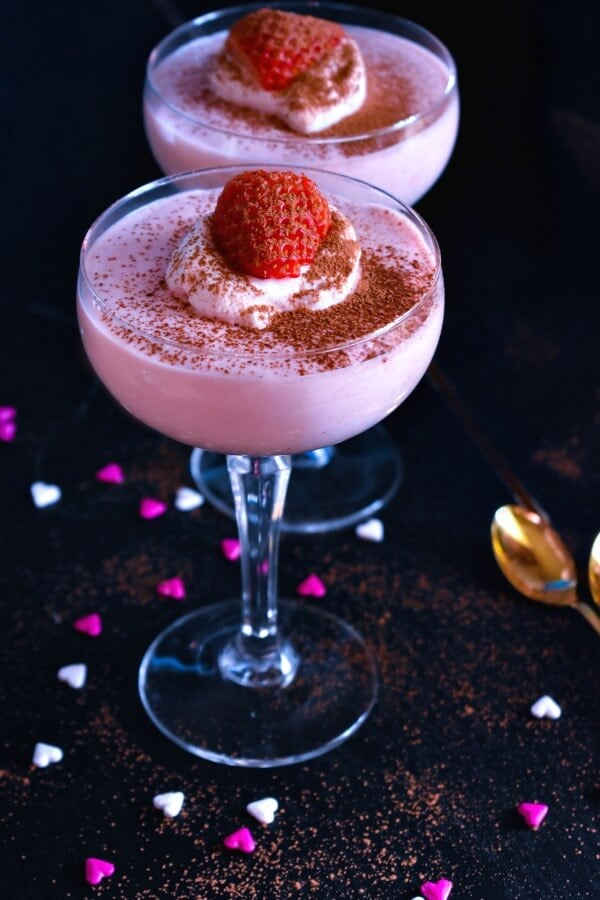3 Ingredient Strawberry Mousse