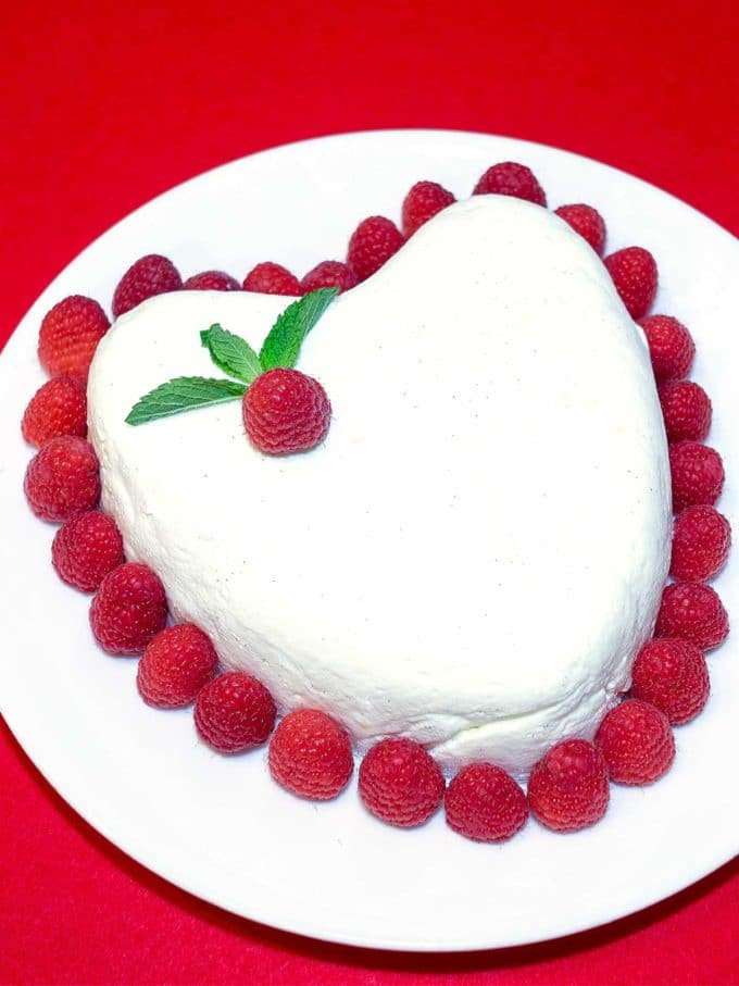 Coeur A La Creme Valentine's Day Dessert