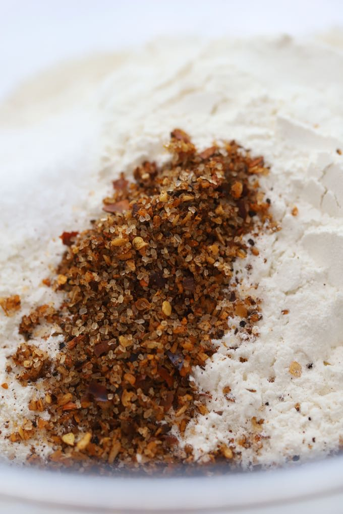 Cornmeal, flour and seasoning for Best Southern Crispy Fried Oysters